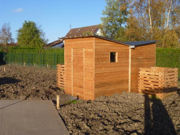 cabanes de jardin m l ze merle et fils parquets et terrasses bois en aquitaine. Black Bedroom Furniture Sets. Home Design Ideas
